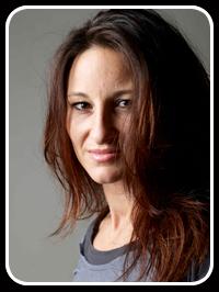 Tanja Carminni - hand analyst